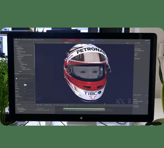 Face tracking helmet