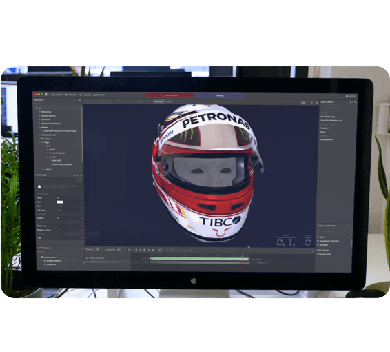 Face tracking helmet